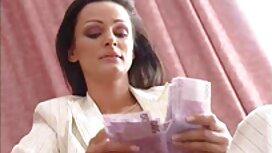 آنا مانچینی کلیپ سوپر پورن با لباس قرمز خودش را با یک کیرمصنوعی تنگ می کند